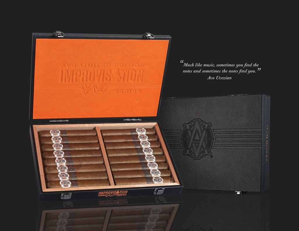 AVO Improvisation Series LE17 cigar box open