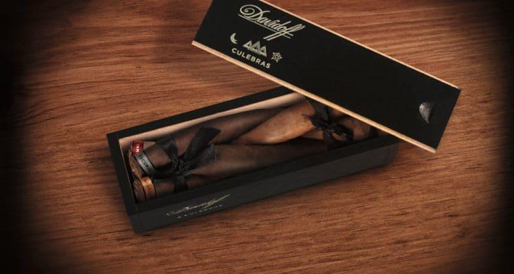 Davidoff Culebras Limited Edition cigar coffin open