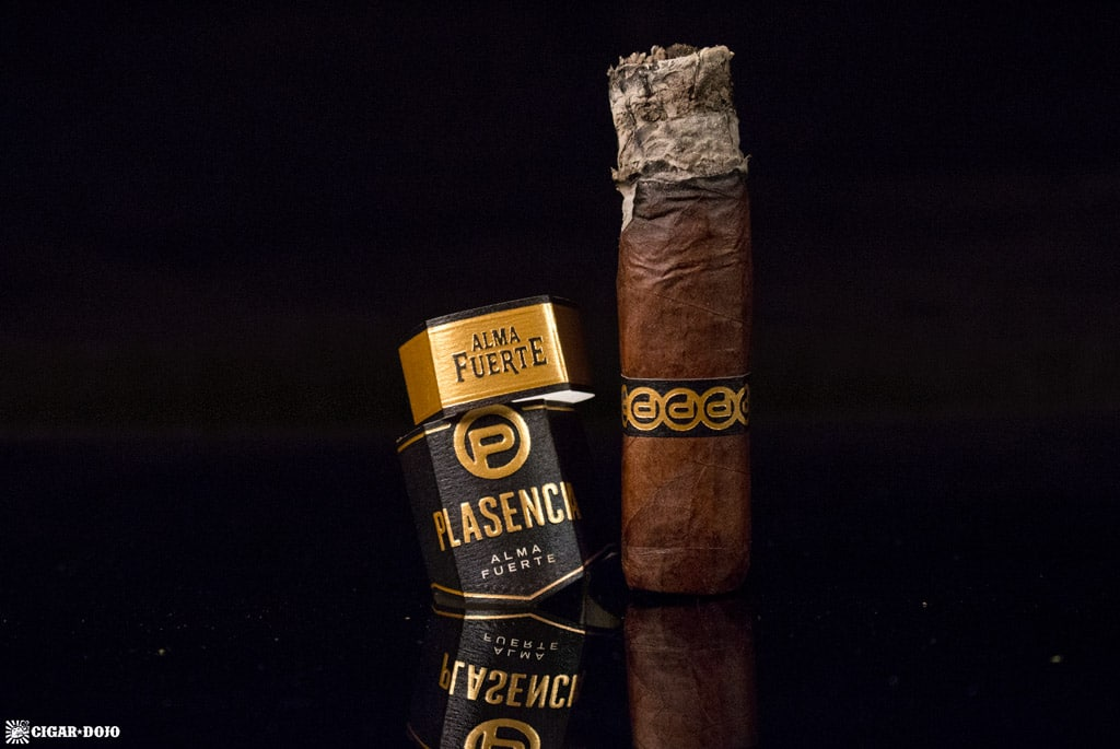 Plasencia Alma Fuerte Nestor IV cigar review and rating