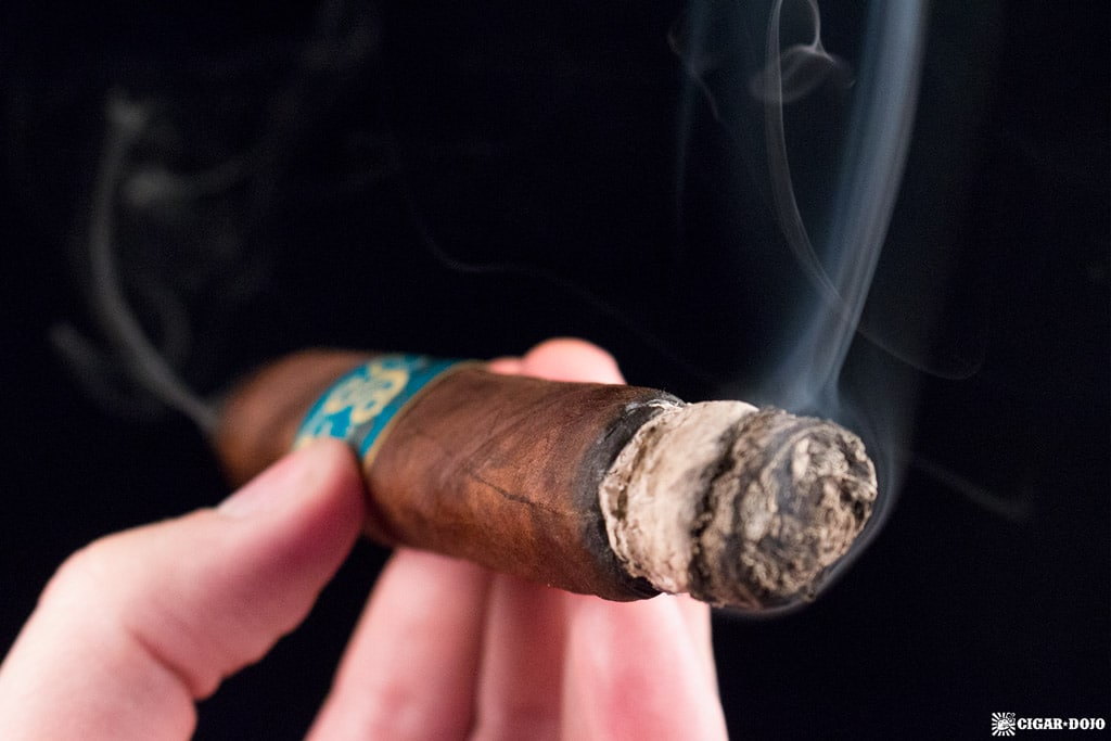 Drew Estate FSG Limited Edition Trunk-Pressed Toro cigar smoking
