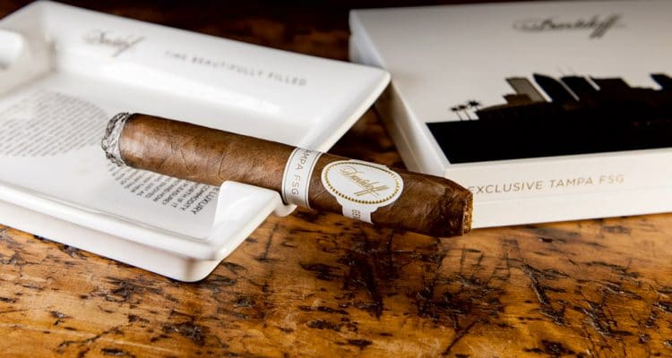 Davidoff Tampa FSG Limited edition cigar smoking