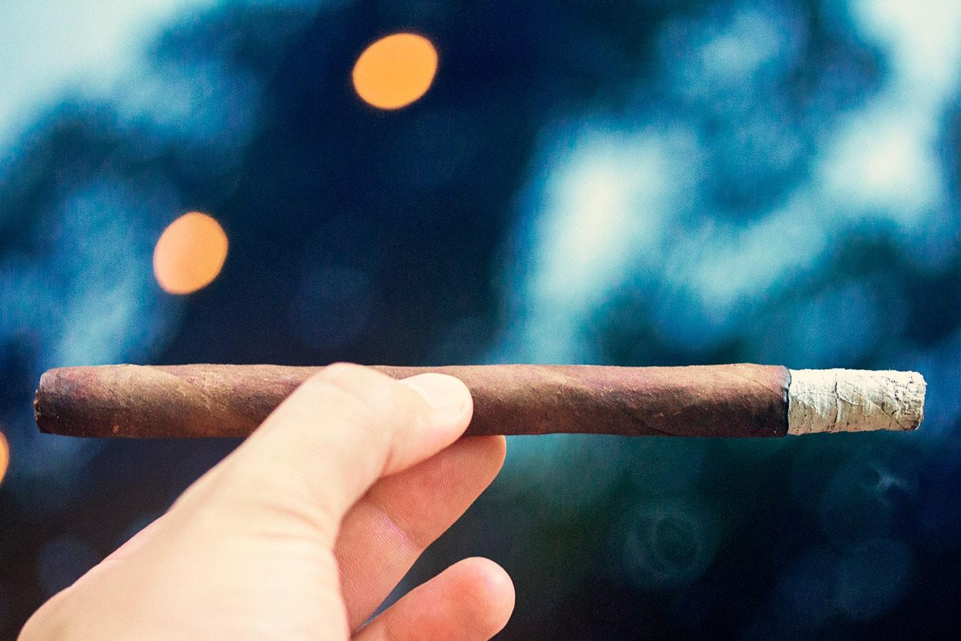 Espinosa 601 La Bomba Warhead III cigar review