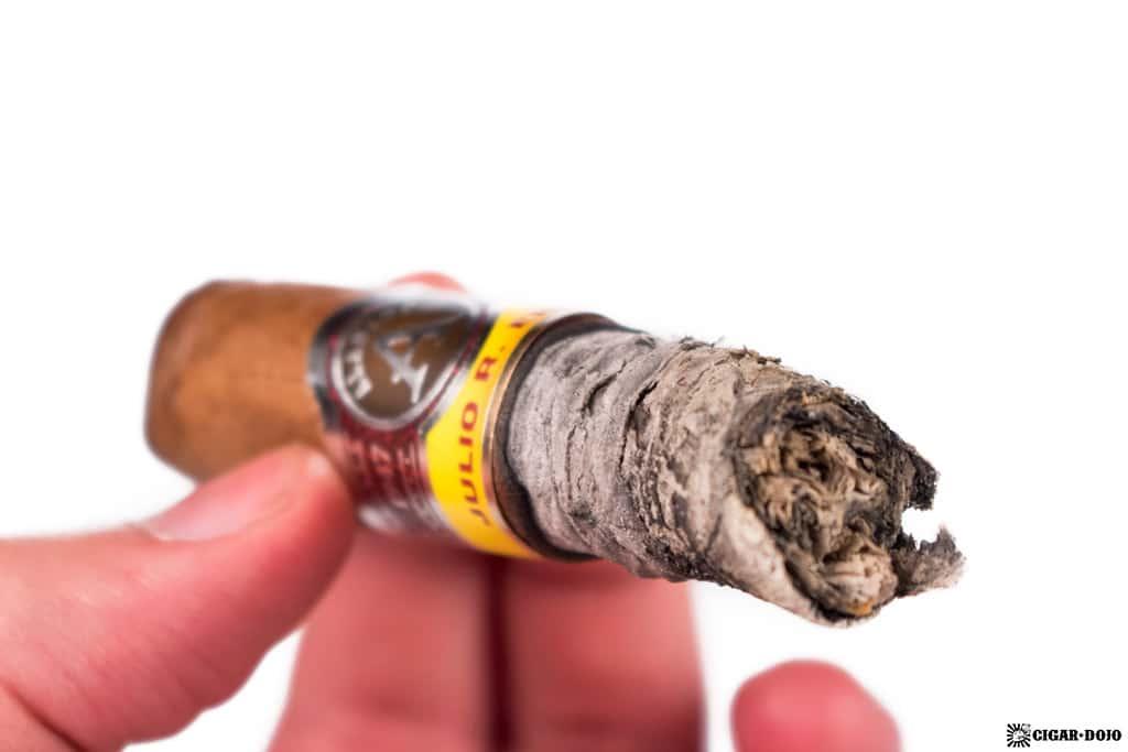 JRE Aladino Robusto cigar ash