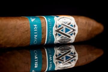 AVO Syncro South America Ritmo Torpedo Largo cigar review