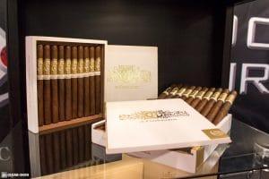 Crux du Connoisseur No. 4 Corona Gorda cigars IPCPR 2017