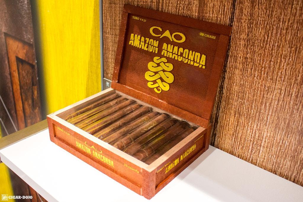 CAO Amazon Anaconda cigar box open IPCPR 2017