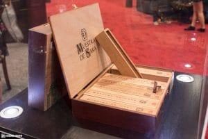 Dunbarton Tobacco & Trust Muestra de SakaNacatamale cigars IPCPR 2017