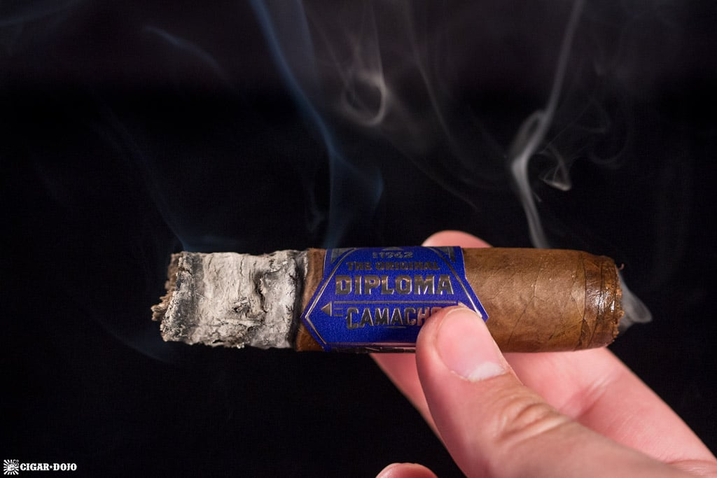 Camacho Diploma Special Selection Robusto cigar smoking