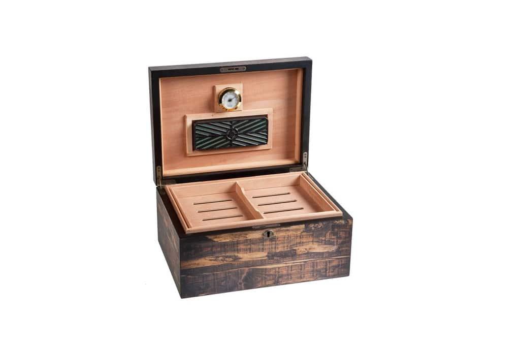 JR Cigar Adirondack humidor