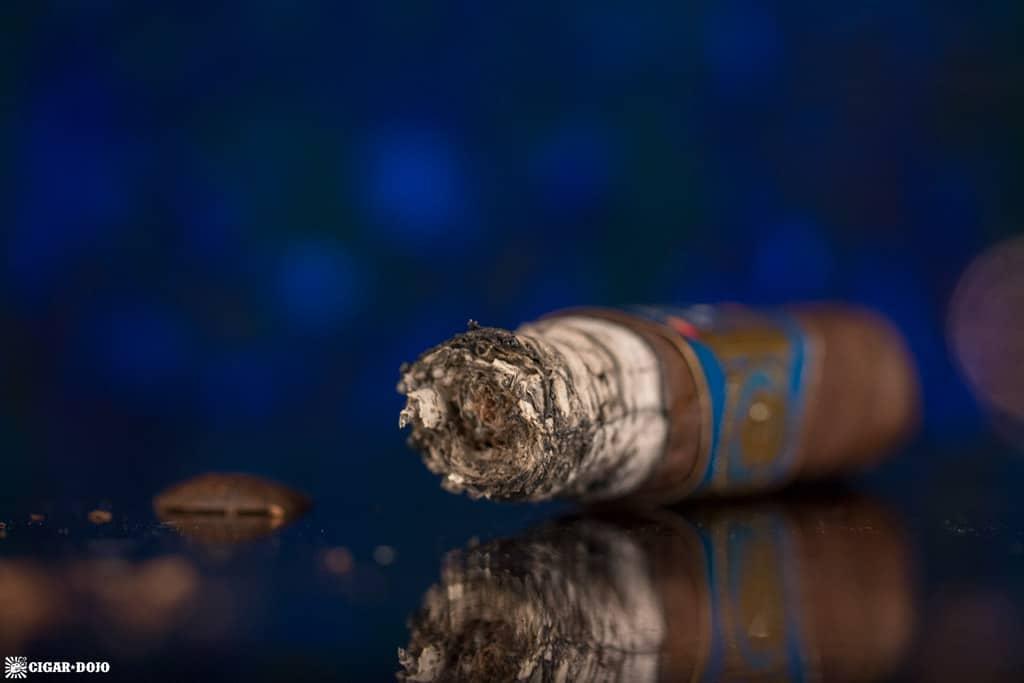 Espinosa 601 Blue Label Maduro Short Churchill cigar nubbed