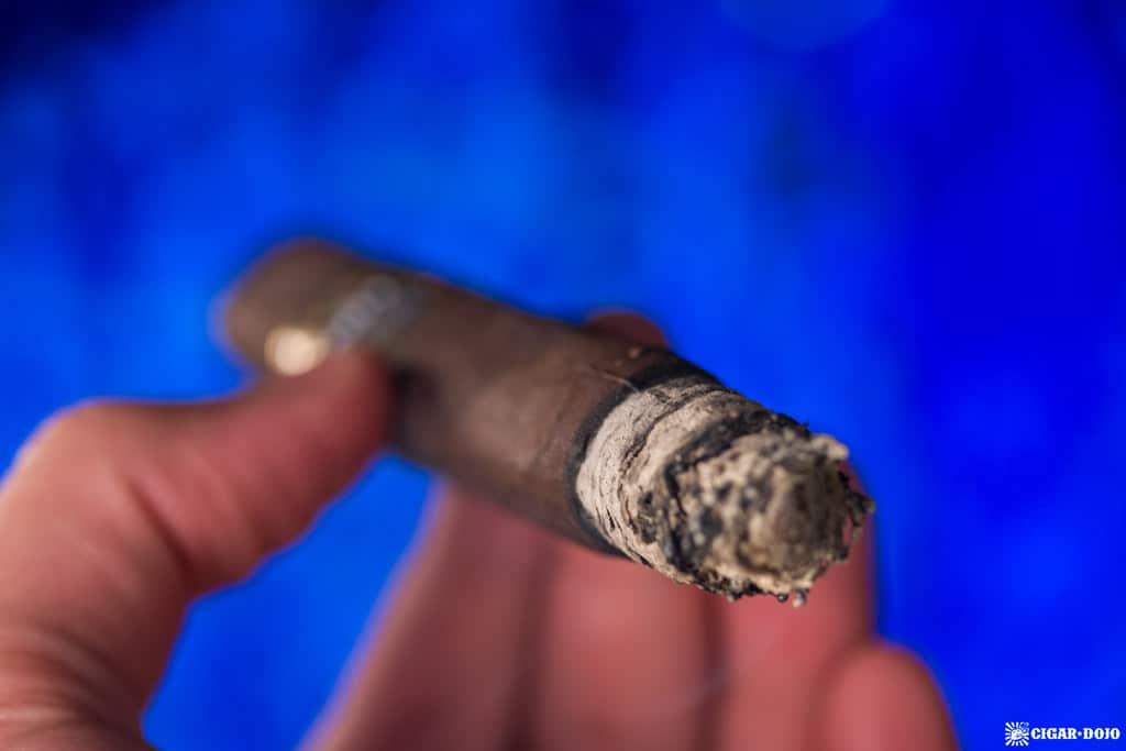 Espinosa 601 Blue Label Maduro Short Churchill cigar smoking