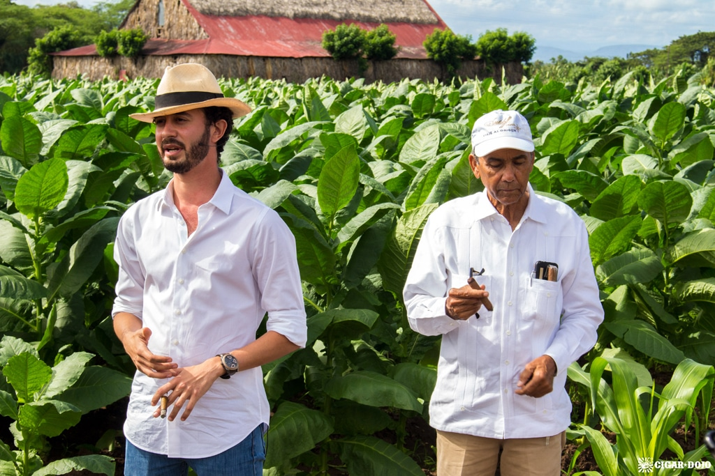 Klaas Kelner Manuel Peralta Davidoff farm