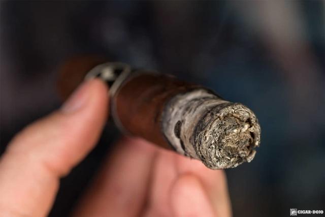 Cubariqueño Protocol K9 cigar ash