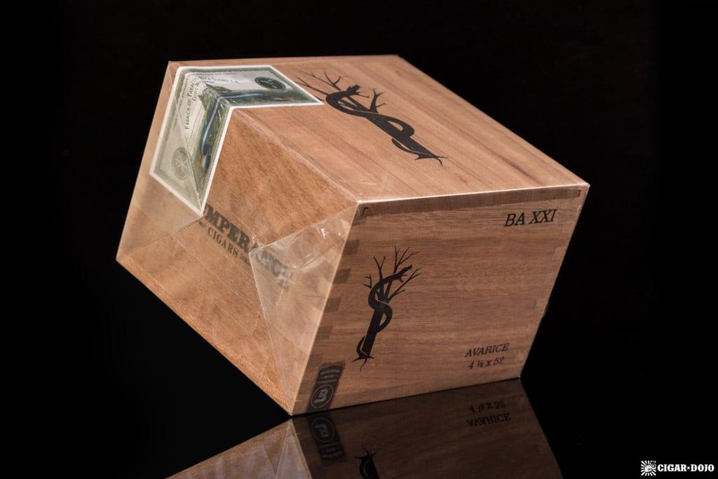 RoMa Craft Intemperance BA XXI Avarice box cigars