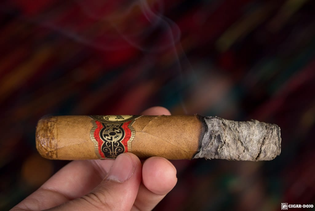 Brick House Double Connecticut Robusto review