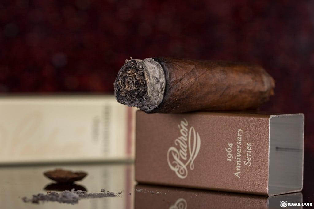 Padrón 1964 Anniversary Series Presidente Maduro cigar nubbed