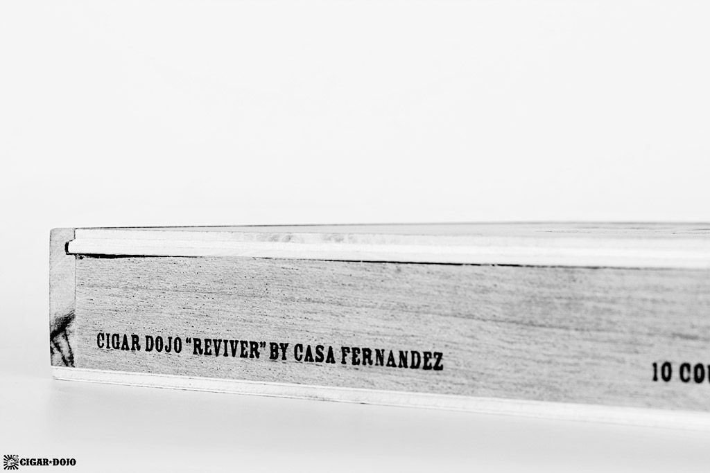 Cigar Dojo ReviveR cigar box front