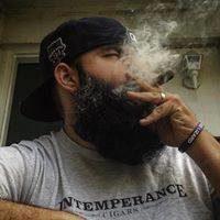 EL Oso Fumar