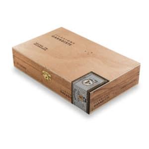 Illusione Garagiste Short Robusto box closed