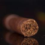 Illusione Garagiste Short Robusto cigar foot