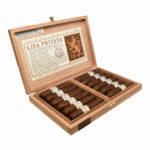 Liga Privada T52 Flying Pig cigar box