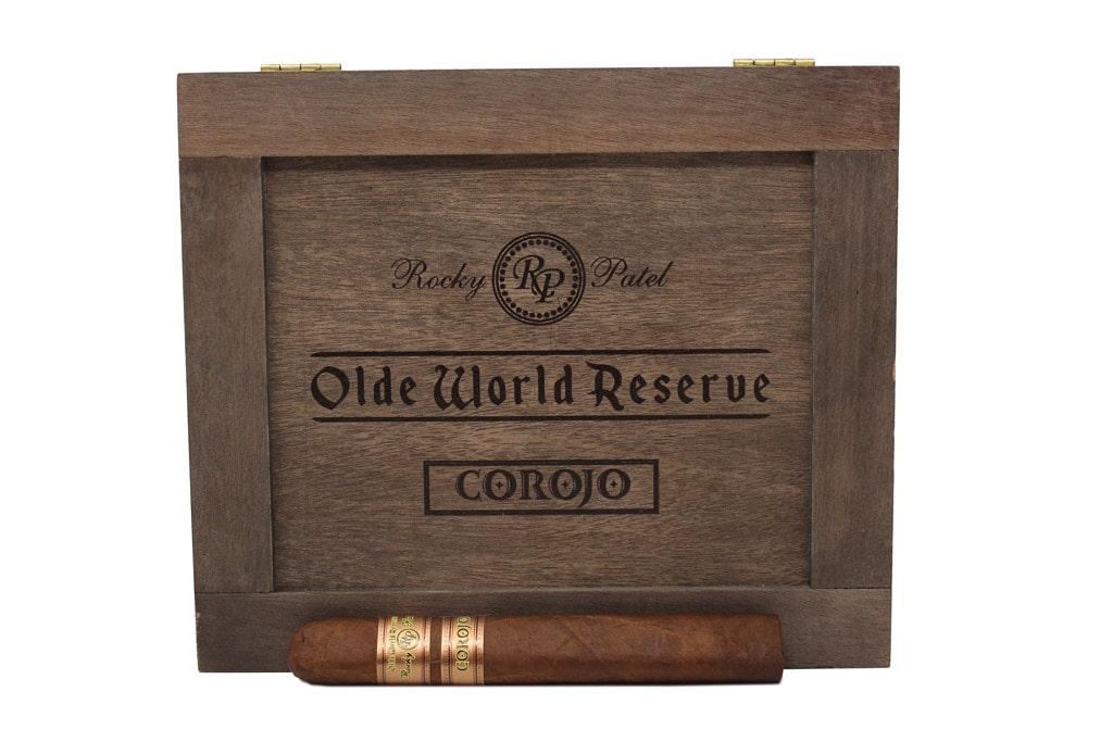 Rocky Patel Olde World Reserve Corojo display 2018