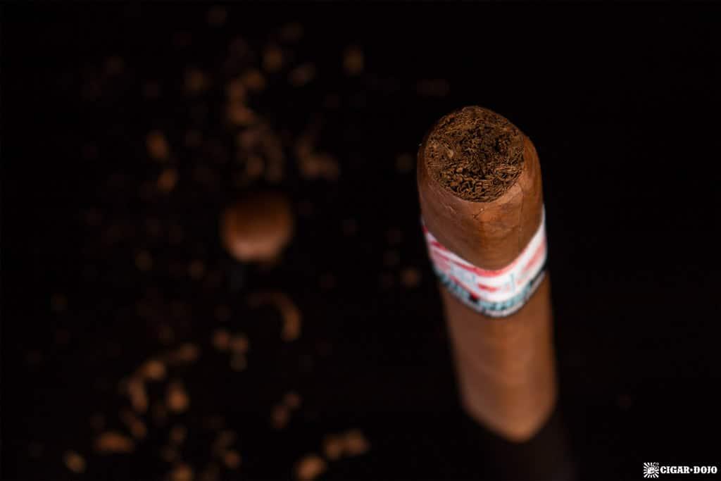 Espinosa Feng Shui cigar head