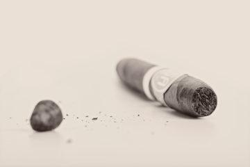 Davidoff 50th Diademas Finas cigar review