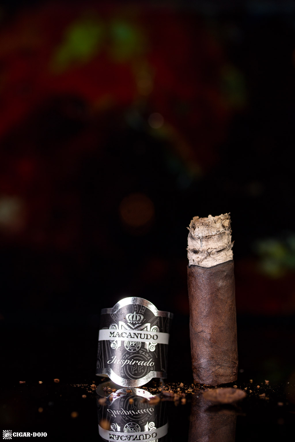 Macanudo Inspirado Black Robusto cigar finished