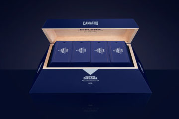 Camacho Diploma Special Selection 11/18 box open