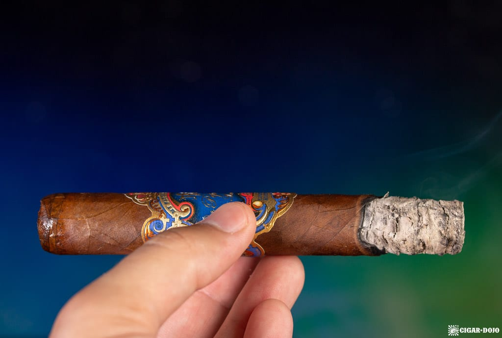 Don Pepín García 15th Anniversary Limited Edition Robusto cigar ash