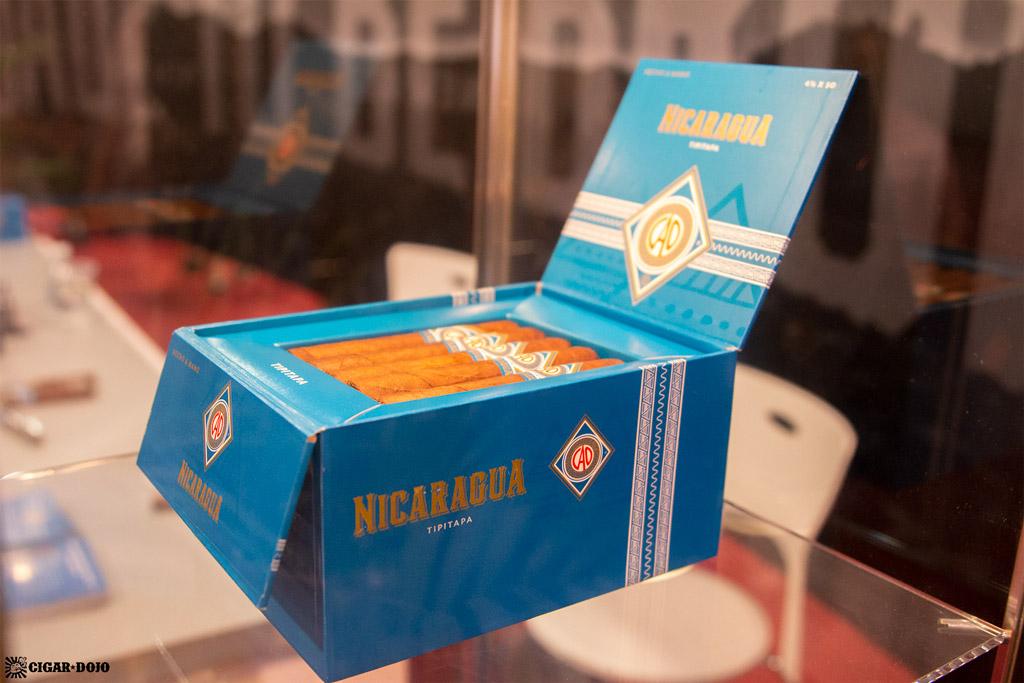 CAO Nicaragua cigars open box