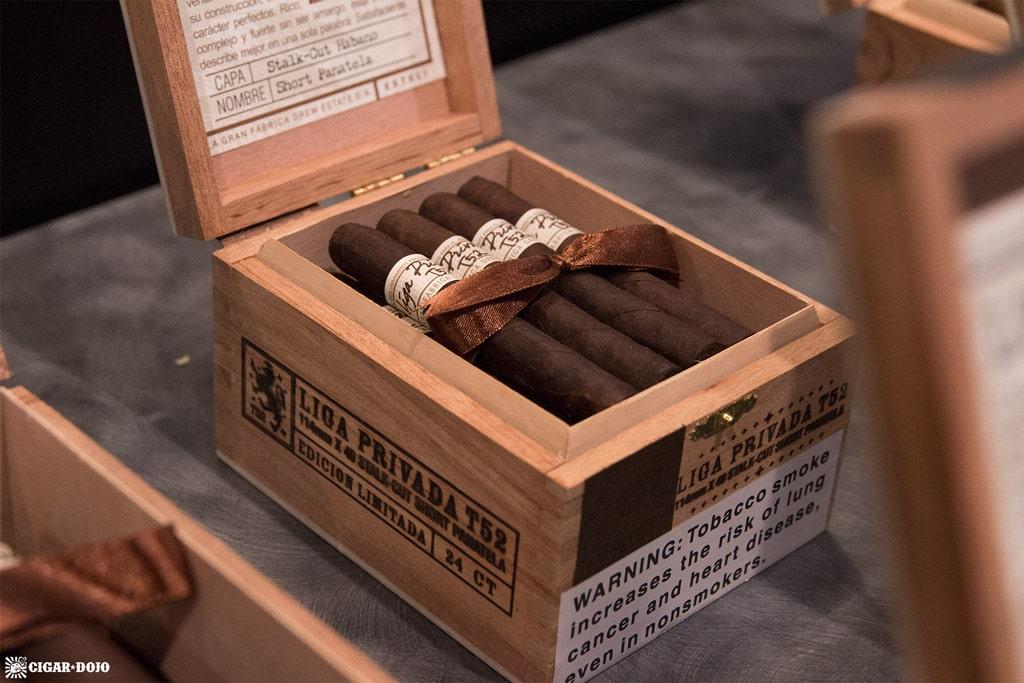 Liga Privada T52 Short Panatela cigars