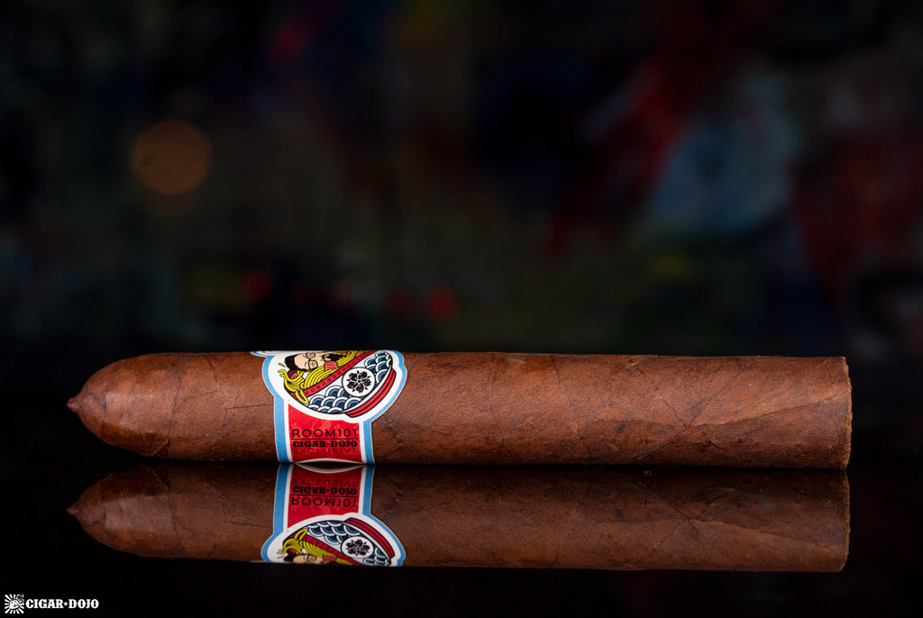 Room101 Cigar Dojo [untitled] noodles cigar side view