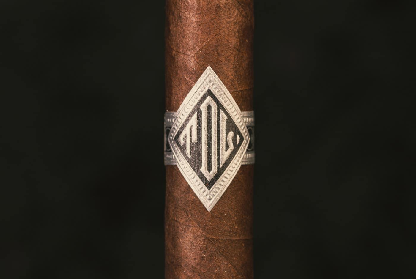 Todo Las Dias Mas Fuerte Thick Lonsdale cigar review