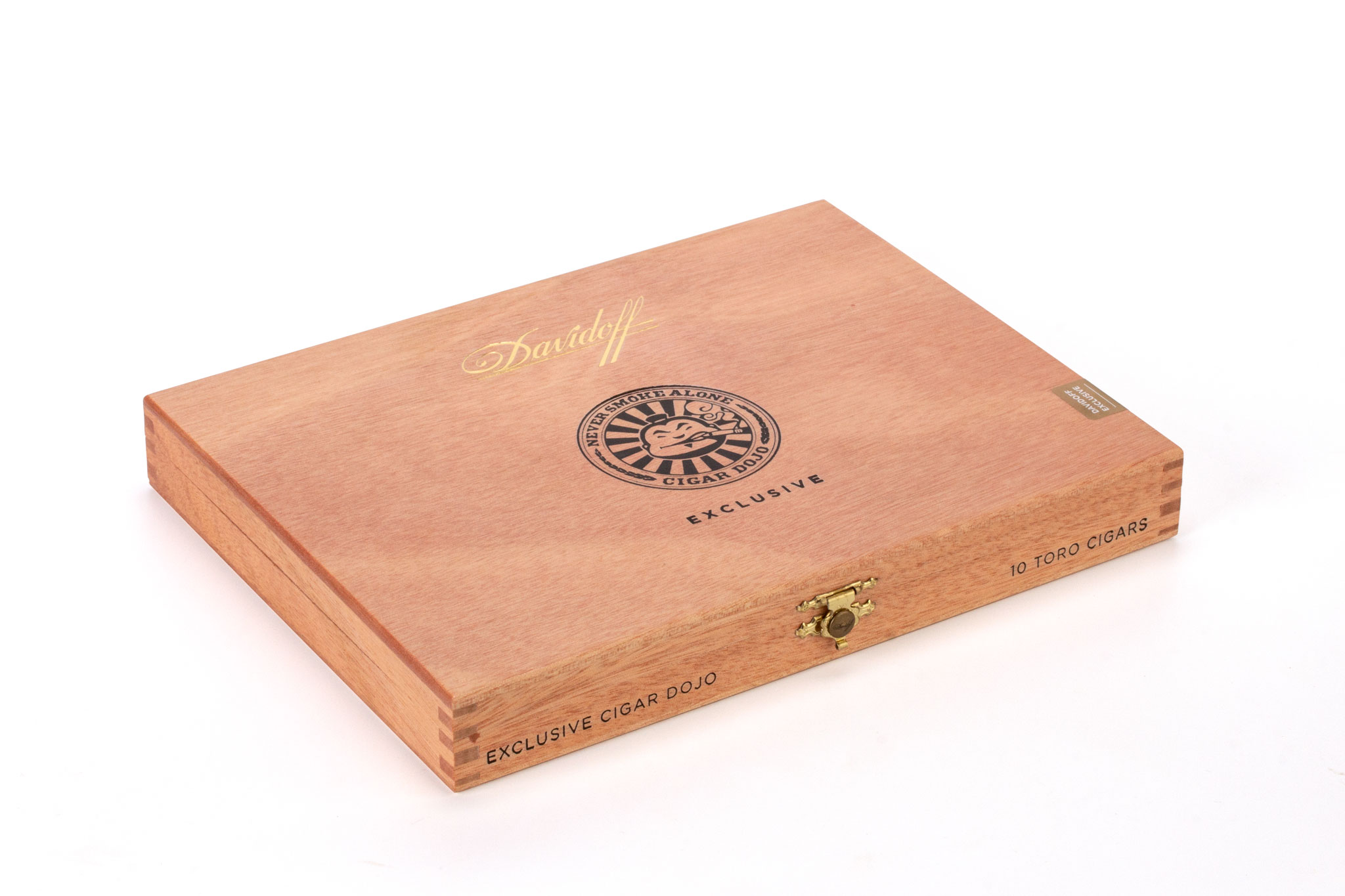 Davidoff Cigar Dojo Exclusive 2018 cigar box closed