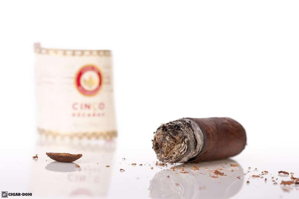 Joya de Nicaragua Cinco Décadas El General cigar nubbed