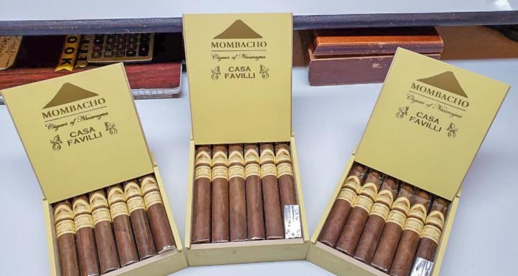 Mombacho Casa Favilli cigar boxes open