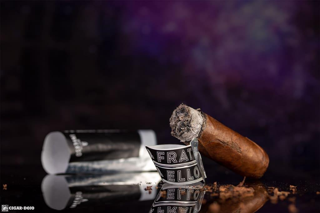 Fratello Navetta Inverso Corona Gorda cigar nubbed