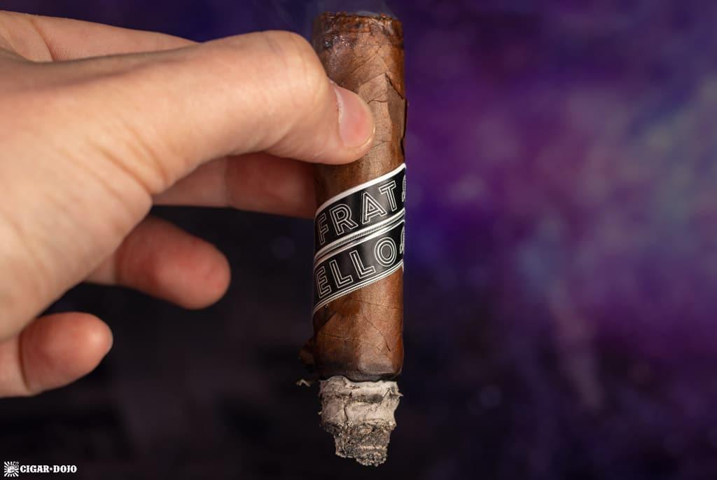 Fratello Navetta Inverso Corona Gorda cigar smoking