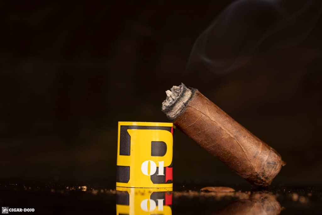 La Palina Number Series LP01 Robusto cigar nubbed