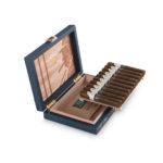 DavidoffWinston Churchill The Traveller cigar box travel humidor case