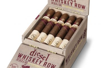 Diesel Whiskey Row Sherry Cask cigar box open