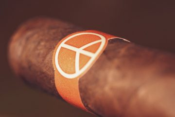 Illusione OneOff Robustos cigar review