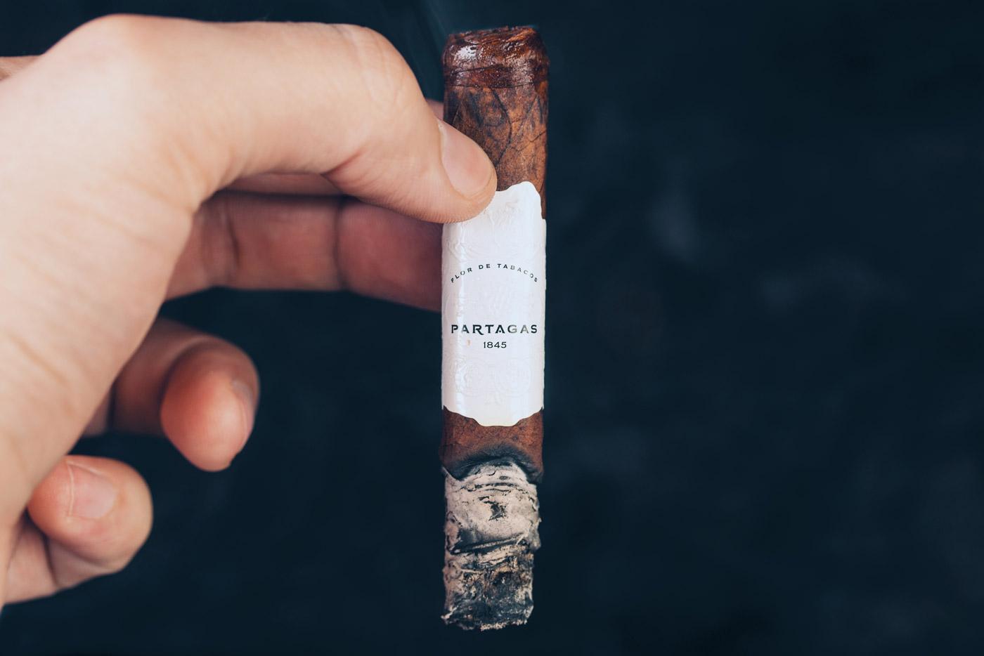 Partagas Legend Corona Extra Leyenda cigar review