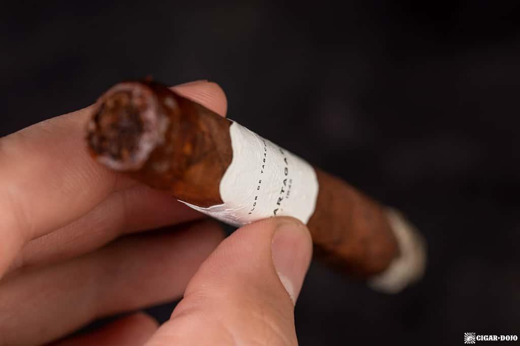Partagas Legend Corona Extra Leyenda cigar smoking