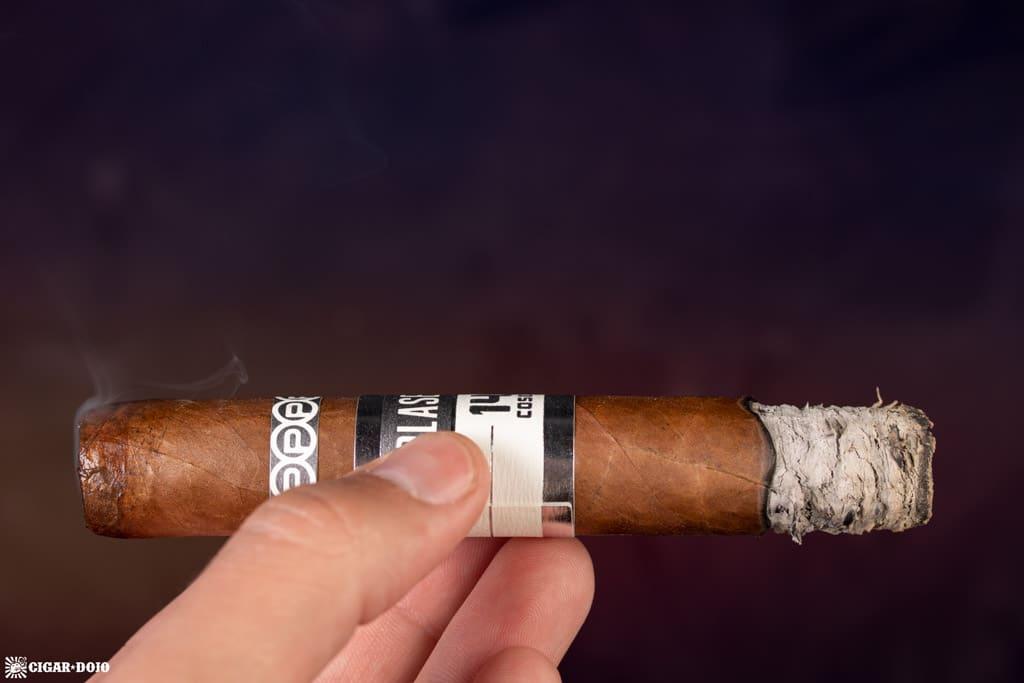 Plasencia Cosecha 146 La Vega cigar smoking
