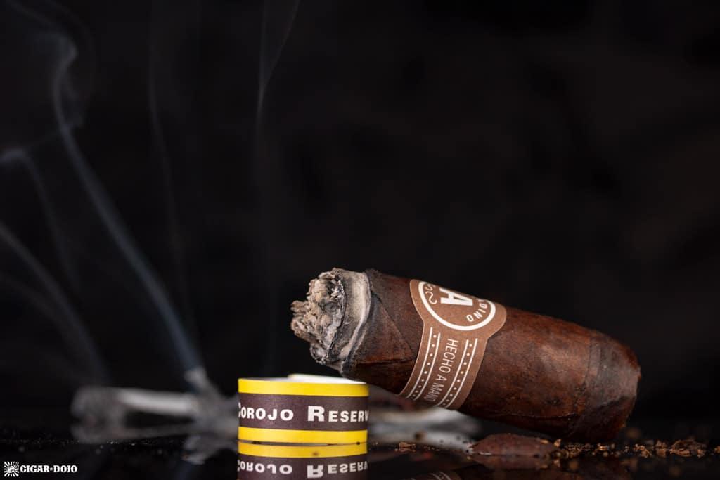 Aladino Corojo Reserva cigar nub finished