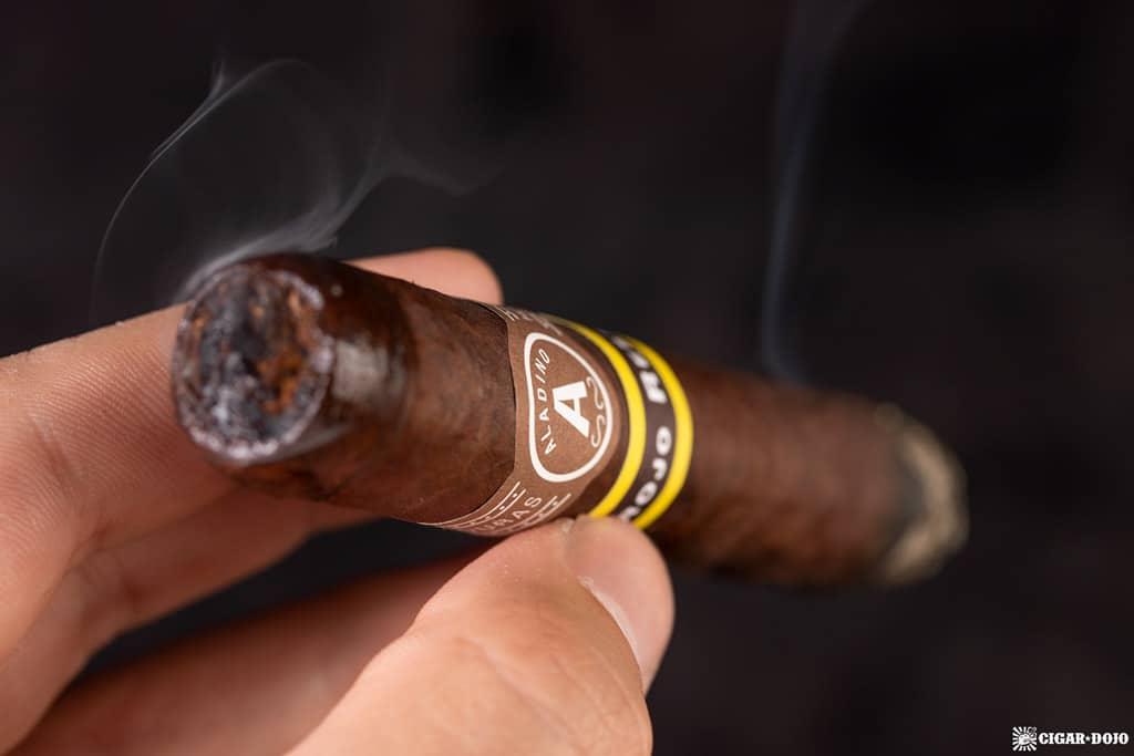 Aladino Corojo Reserva cigar smoking