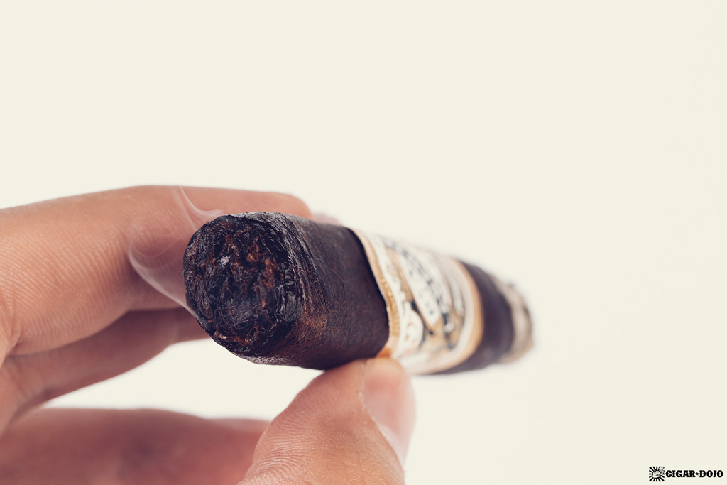 Espinosa Laranja Reserva Escuro Corona Gorda cigar smoking